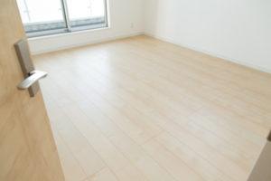 プロが教える!和室の畳をフローリングに張り替えるリフォーム費用