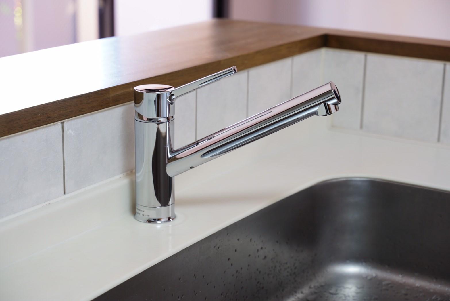 リクシル製!節水型のキッチン水栓の交換リフォーム事例/京都市中京区
