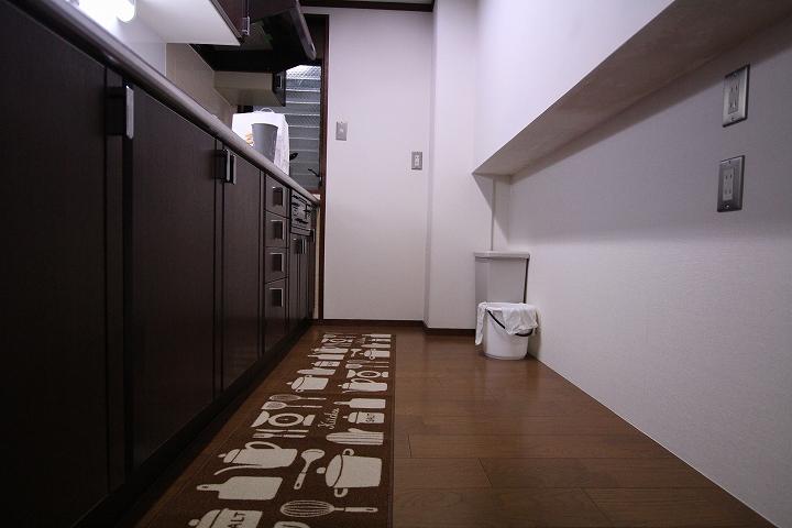 キッチンの部分的なクロス張替えリフォーム事例/京都市中京区