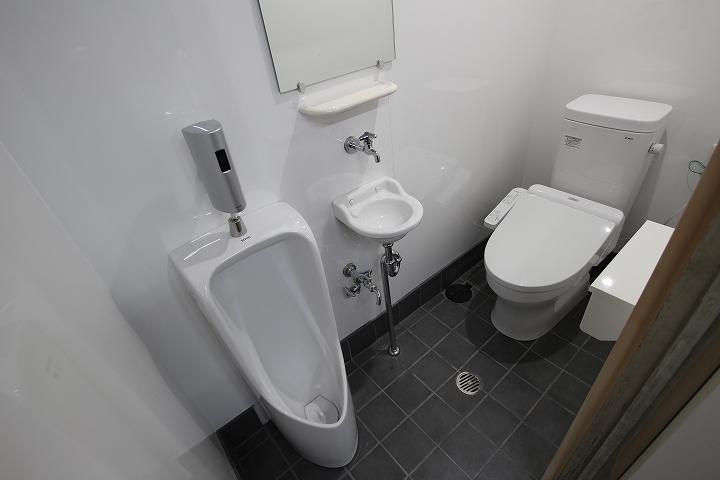 小便器付き!和式トイレから洋式トイレへのリフォーム事例/京都市下京区