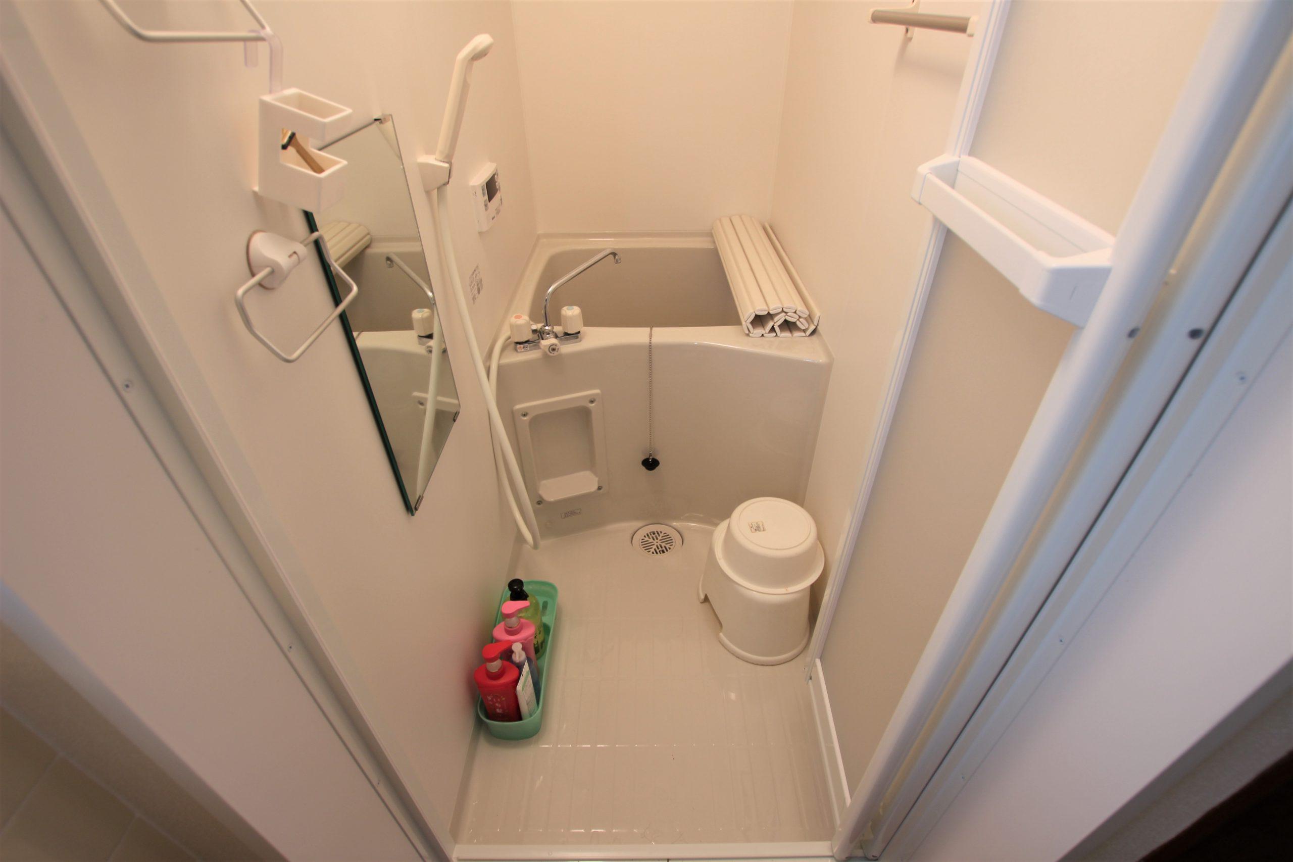 狭小の在来浴室からユニットバスへのリフォーム事例/京都府向日市