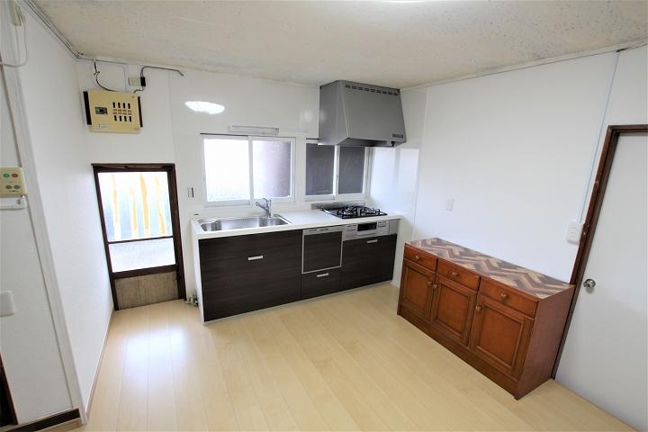 床は下地からやり替え!キッチン・ダイニングのリフォーム事例/滋賀県大津市