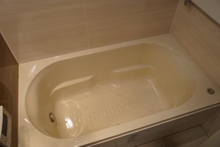 リクシルのミドルグレードのお風呂と洗面所リフォーム事例/京都市下京区