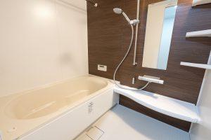 給湯器も交換!1418サイズのマンションユニットバス交換事例/京都市下京区