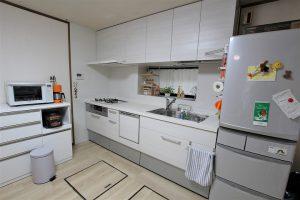 食洗機や浄水器など使い勝手を充実したキッチンリフォーム事例/京都府向日市