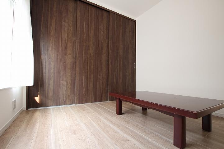 壁を作って和室2間を洋室と和室に分離したリフォーム/京都府宇治市