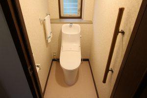 クロス・床も張替え!一体型のアメージュZAへのトイレ交換/京都府亀岡市