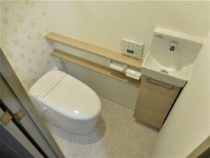 手洗いと便器が一体型のTOTO「ネオレスト」へのトイレリフォーム事例