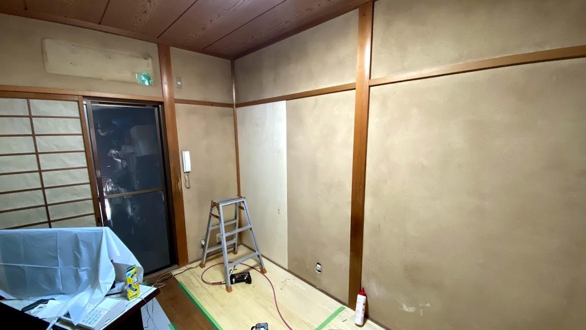 【知らなきゃ損】和室の土壁・砂壁をクロスにリフォームする2つの方法とは?