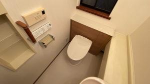 収納棚付き!リクシル「リフォレ」へのトイレリフォーム/京都市西京区