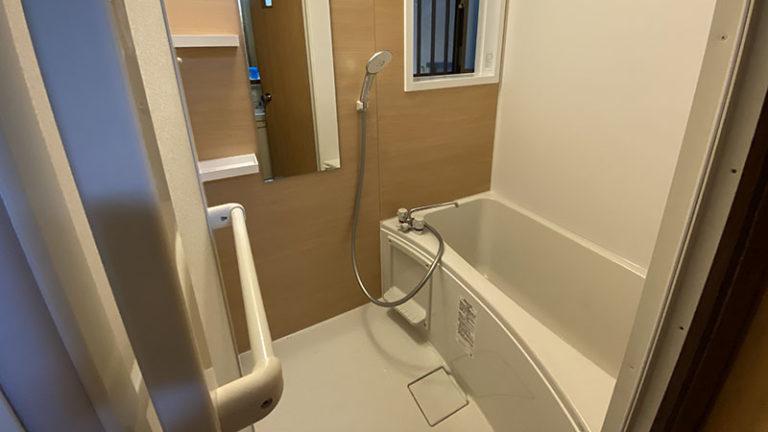 壁を壊して大きく!タイルの小さいお風呂のリフォーム事例/京都市西京区