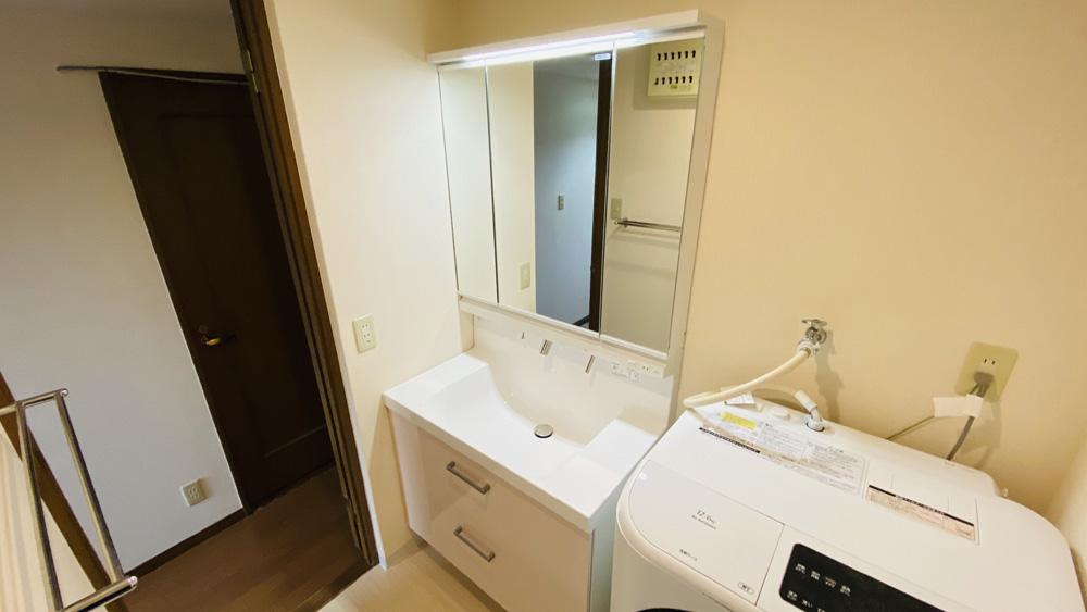 間口90センチのフルスライドの引出し洗面台へのリフォーム/京都市上京区