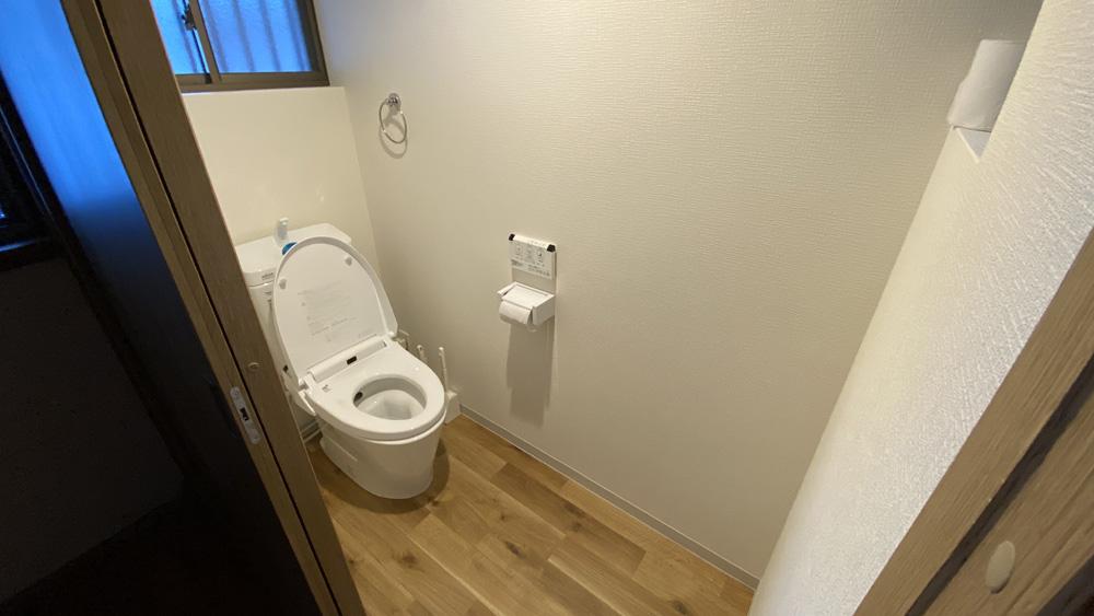 和式トイレと小便器を一つの洋式トイレにリフォーム事例/京都市西京区
