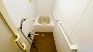 給湯器も設置!狭いタイルのお風呂をユニットバス風にリフォーム/京都市右京区