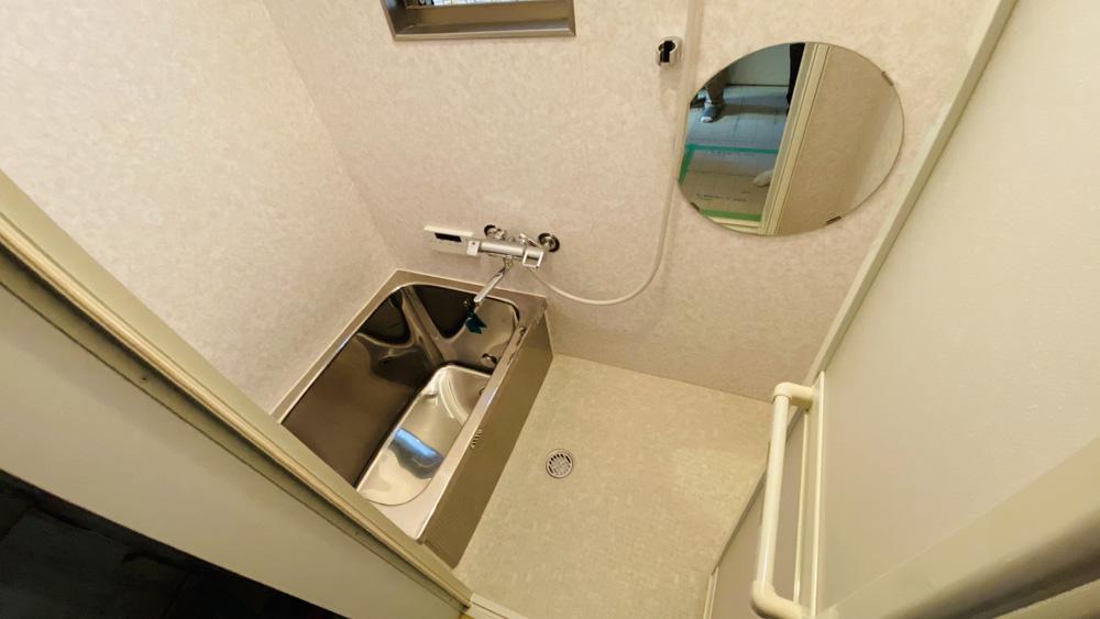 洗面床は張替え!タイルの浴室はパネルでユニットバス風に!/京都市左京区