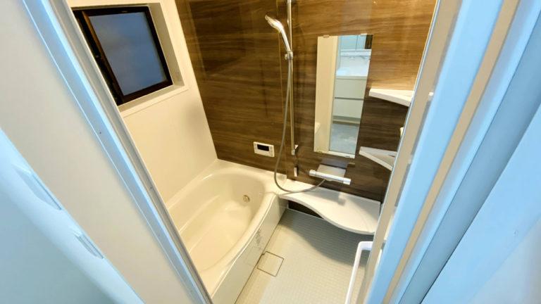 一回り大きな洗面台を設置!在来浴室と洗面所のリフォーム事例/京都市西京区