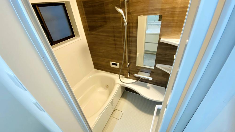 エコジョーズの給湯器も!タイルのお風呂のユニットバスリフォーム事例/京都市西京区