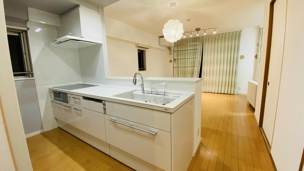 キッチンはオープンに!最高級の水まわり設備でのマンションリフォーム/京都市中京区