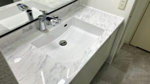 フロアタイル張替も!リクシル「ルミシス」への洗面台リフォーム事例/京都市中京区